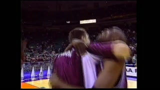 VIDEO: 1999 Bears reunite 20 years after the Sweet 16