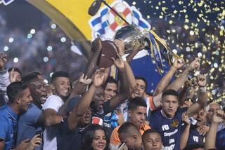 ¡Locura total! Toda la emoción que rodeó el título de Motagua con la copa 15