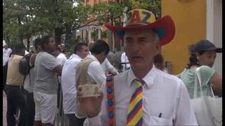 Hombre se cambia el nombre a Paz Colombia