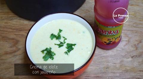 Crema de elote con jalapeño