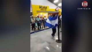 Así fue recibido Guillermo Erazo, campeón del mundo en Taekwondo