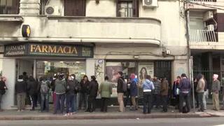 Hacen filas en Uruguay para comprar mariguana en farmacias