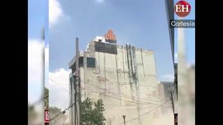 Edificio es sacudido tras el poderoso terremoto en México
