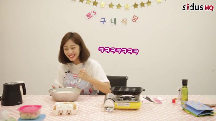 Jo Boa tackles takoyaki