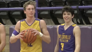 Taylorville Basketball 20 Wins Story