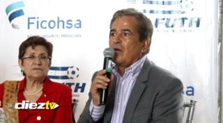 Jorge Luis Pinto y la razón por la cual no tuvo en cuenta a Jerry Bengtson en la convocatoria