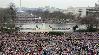 Comparing crowd sizes is a pointless, losing effort for Trump
