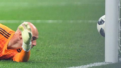 Croacia golea 3-0 a Argentina y la deja al borde del abismo