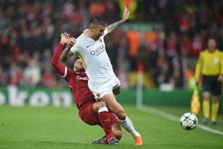 Así fue la escalofriante lesión de Oxlade-Chamberlain que podría dejarlo fuera de la Copa del Mundo