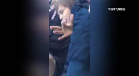 Un niño que leía poesía fue detenido en las calles de Rusia