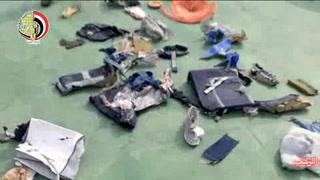 Difunden imágenes de restos del avión de Egyptair