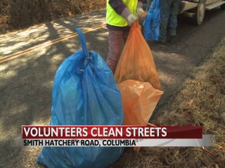 Volunteers clean up litter before it becomes a problem