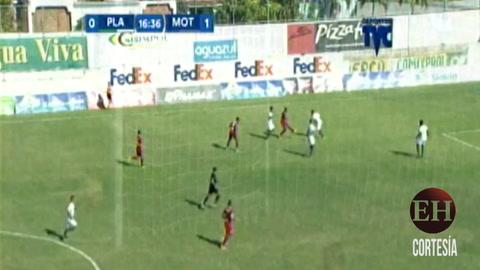 Eddie Hernárdez  abre el marcador  frente a Platense 1-0 el marcador