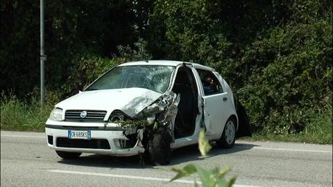 Doppio schianto, indagati per omicidio stradale