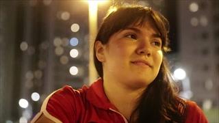 Alexa Moreno desoye críticas y sigue su vida