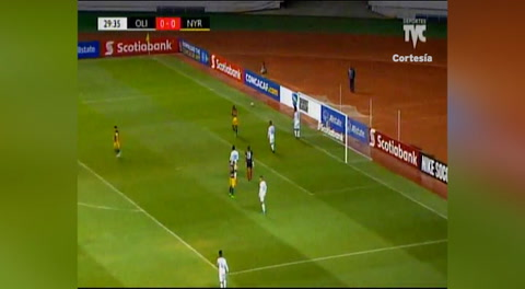 El fallo de Royer frente al Olimpia (Liga Concacaf 2018)
