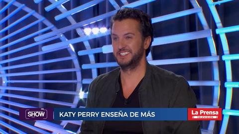 Katy Perry enseñó de más tras caerse bailando cumbia