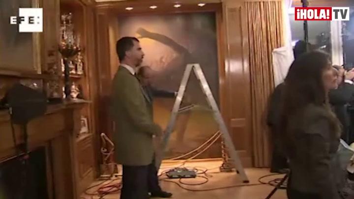 El príncipe Felipe, testigo tras las cámaras del mensaje de Navidad del Rey