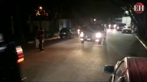 Tegucigalpa: En caravana salen cuerpos del accidente aéreo