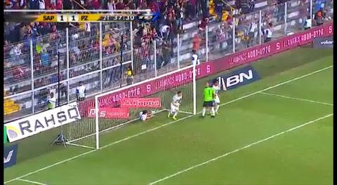 Jerry Bengtson despertó del letargo con gol y dio victoria importante al Saprissa