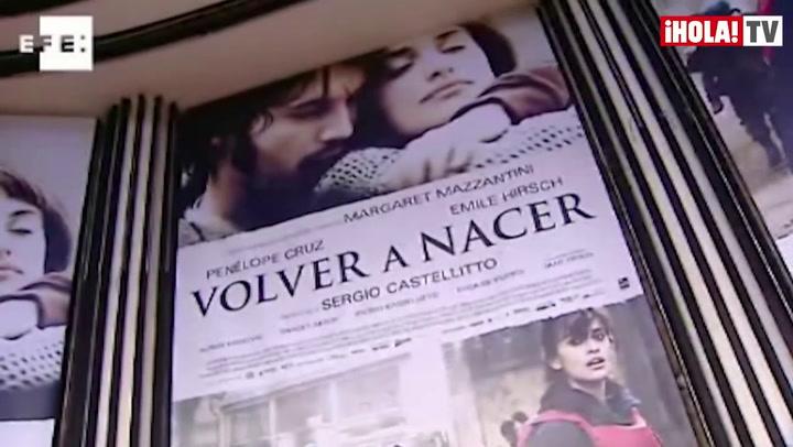 Penélope Cruz llena de flashes la Gran Vía madrileña con 'Volver a nacer'