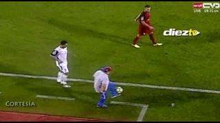 Control y toque:  Maradona no se vence con los años