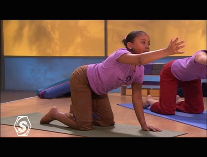 Tween Yoga (Preview)