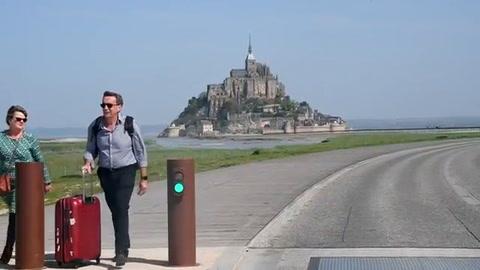 Evacúan Monte Saint-Michel en Francia por alerta de seguridad