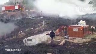 Incendio consume maleza y tumbas del cementerio Sipile