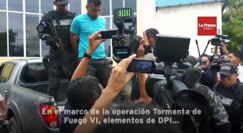 Detienen a cuatro sujetos con armas y droga en Potrerillos