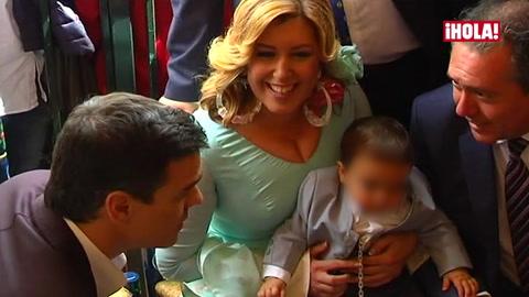 El hijo de ocho meses de Susana Díaz, presidenta de la Junta de Andalucía, protagonista de la Feria de Abril