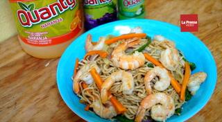 Como preparar un Chow Mein con camarones