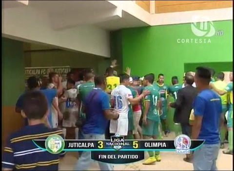 Zafarrancho en el Juan R. Brevé entre jugadores del Olimpia y Juticalpa