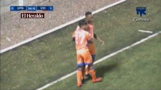 Christian Martínez anota el 1-1 para el UPNFM  ante el Vida
