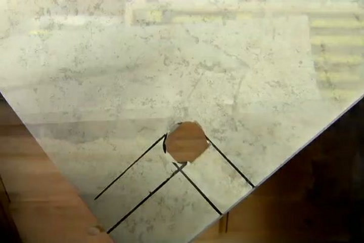 Cut hole in ceramic tile