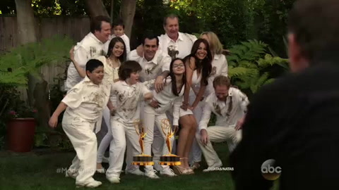 Modern Family season premiere Sept. 23, 9pm