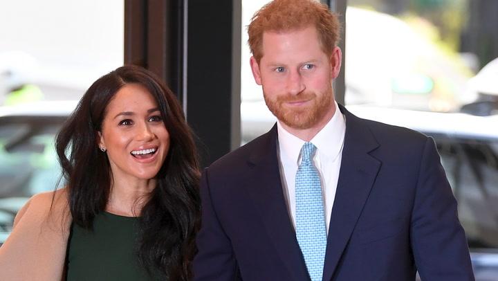 Escucha a Meghan y Harry locutando su primer programa de podcast