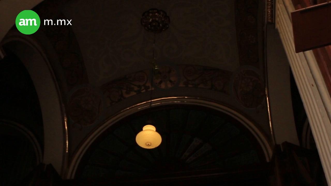 Blindan catedral de León contra palomas