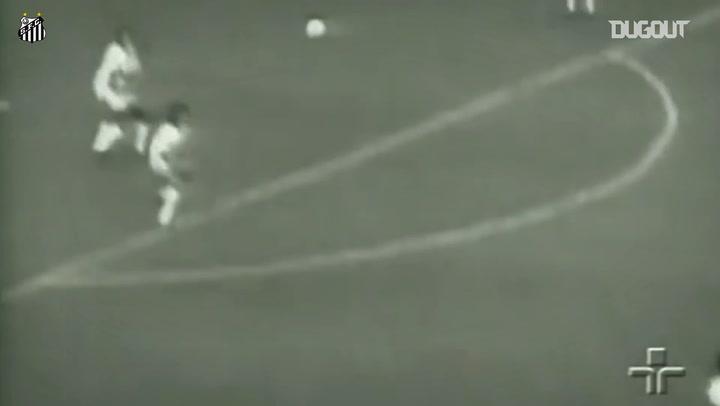 Pelé's incredible goal against Portuguesa