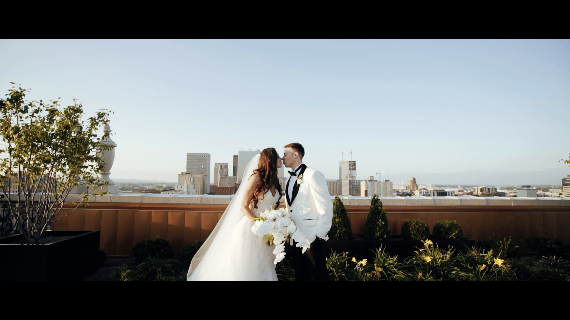 Collin Gamble + Lindsay Highbaugh | Louisville, Kentucky | The Brown Hotel