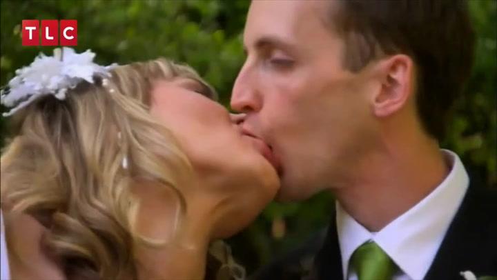 Ej, ej, ej: Verdens mest akavede kys?