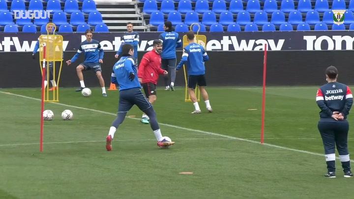 Asier Garitano's first training on his return to CD Leganés