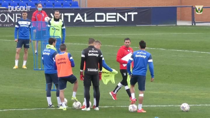 CD Leganés train ahead of their game vs Castellón