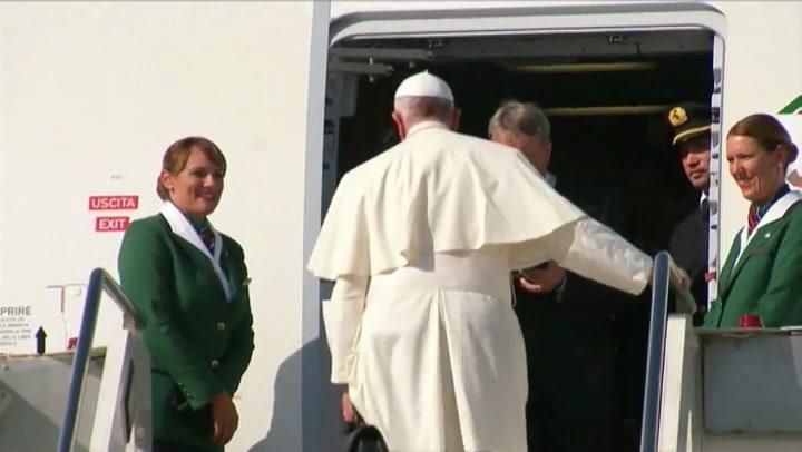 Paus vertrokken naar Cuba