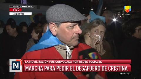 Marcha frente al Congreso por el desafuero de Cristina