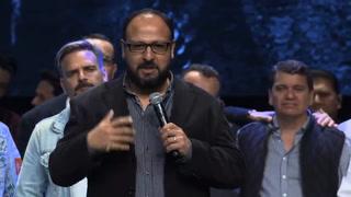 Pastor comparte impactante mensaje para Julio Melgar