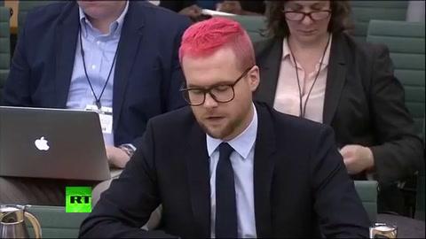 Christopher Wylie teme por su vida y habla tras el escándalo de Facebook