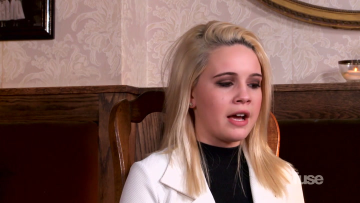 Shows: Top 20 Countdown: Bea Miller Webclip on 5 Seconds Of Summer