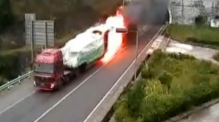 Snartenkt sjåfør unngikk dødelig eksplosjon