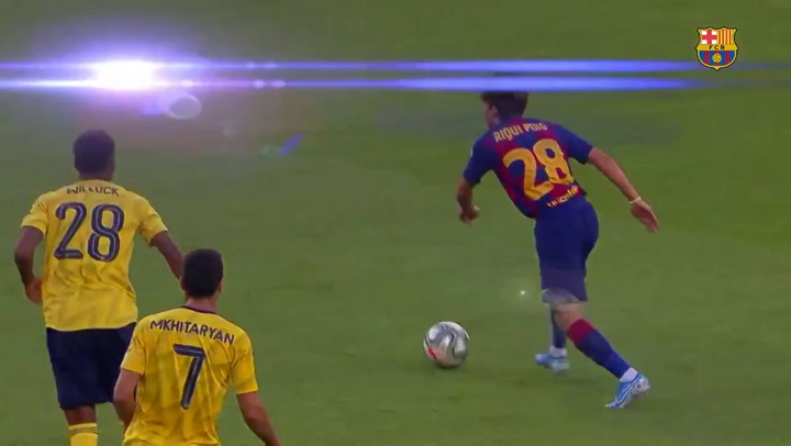 Detalle de calidad de Riqui Puig ante el Arsenal en el Gamper